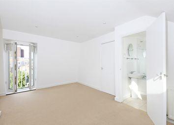 Thumbnail 3 bed maisonette to rent in Langthorne Street, Fulham