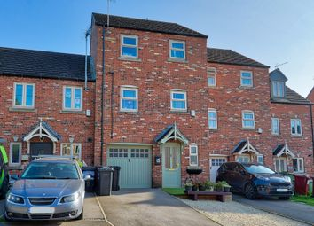 Pen Lane, Danesmoor, Chesterfield S45. 4 bed mews house