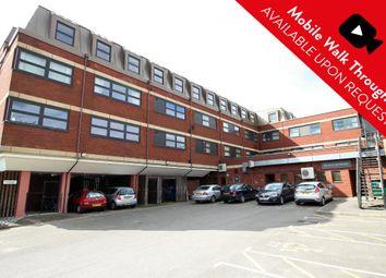 2 bed flat to rent in Richmond Court, Fleet, Hampshire GU51