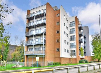 Thumbnail 1 bedroom flat for sale in Sovereign Way, Tonbridge, Kent
