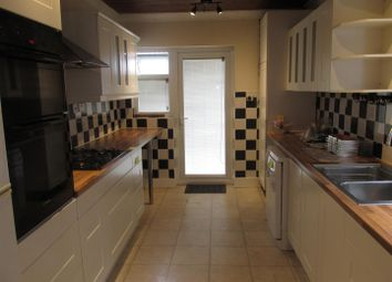 Thumbnail 3 bed property to rent in Southfield Road, Enfield