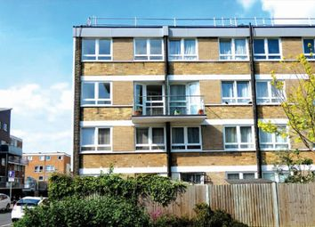 3 bed maisonette to rent in Joseph Street, Mile End E3