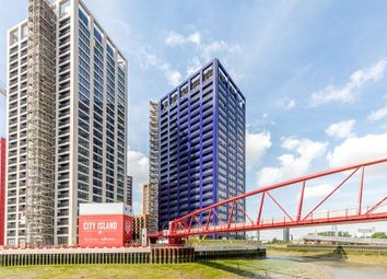 Thumbnail 1 bed flat to rent in Caledonia House, Poplar, London