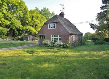 Thumbnail 2 bed cottage to rent in Aldworth Road, Westridge Green, Streatley, Reading