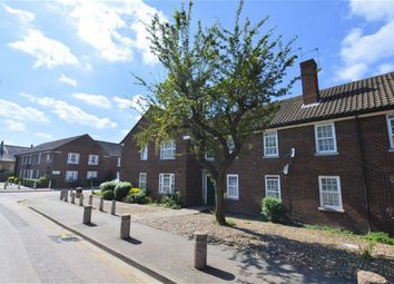 Thumbnail 1 bed flat to rent in Sewardstone Street, Waltham Abbey
