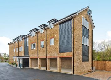 Thumbnail 1 bed flat to rent in Montem Road, New Malden