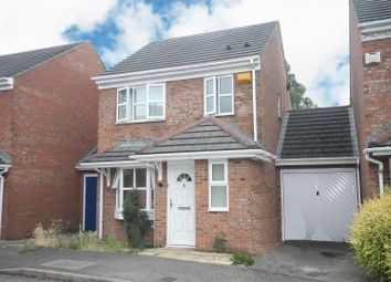 Thumbnail 3 bedroom detached house to rent in Lark Vale, Aylesbury