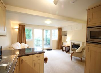 Thumbnail 1 bed flat to rent in Summerhill Road, Bath