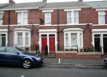 Thumbnail 3 bedroom flat to rent in Wingrove Gardens, Fenham
