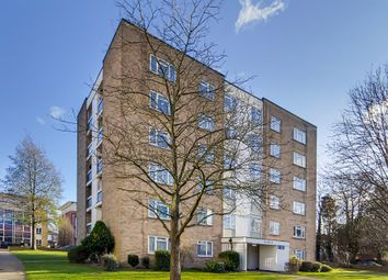 2 bed flat for sale in Woodcote Road, Wallington SM6