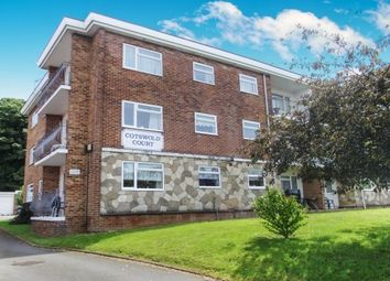 Thumbnail 2 bed flat to rent in West Hill Road, Ryde