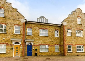 Thumbnail 2 bedroom flat for sale in High Street, Hampton