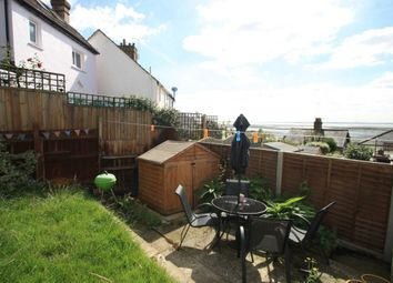 Thumbnail 2 bed property to rent in Uttons Avenue, Leigh-On-Sea