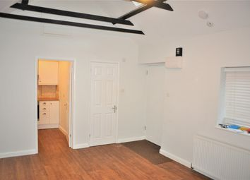 Thumbnail 1 bed cottage to rent in Lower Road, Cookham, Maidenhead