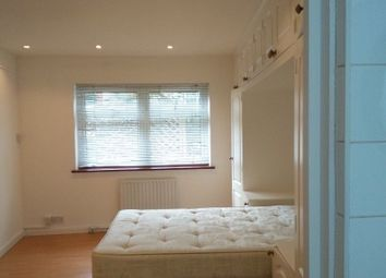 Thumbnail 2 bed bungalow to rent in Haslemere Avenue, Hendon London