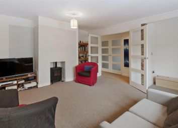 Thumbnail 2 bed flat for sale in Lees Road, Yalding, Maidstone