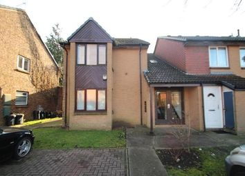 Thumbnail Studio to rent in Pikestone Close, Yeading, Middlesex