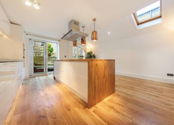 Thumbnail 4 bed terraced house to rent in Ducie Street, London