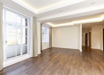 Thumbnail 2 bed flat to rent in Hertford Street, London