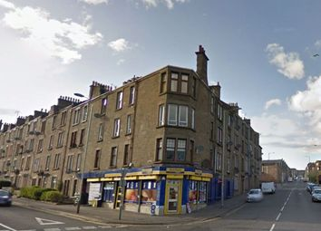 3 bed flat to rent in Dens Road, Dundee DD3