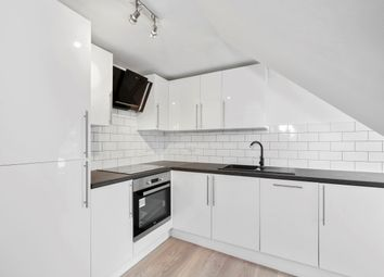 Thumbnail 1 bed flat to rent in Chelverton Road, London