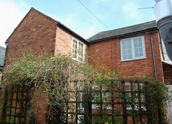 Thumbnail 3 bed cottage to rent in Sheaf Street, Daventry, Northamptonshire