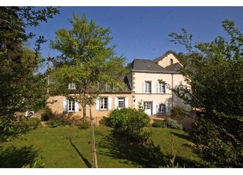 Thumbnail 6 bed property for sale in 53000, Laval, Fr