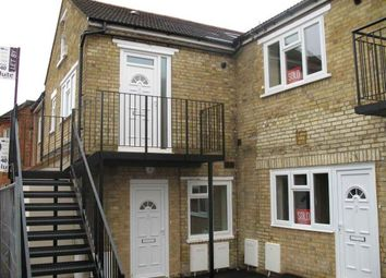 Thumbnail 1 bed flat to rent in Beaconsfield Street, Bedford