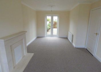 Thumbnail 3 bed terraced house to rent in Stalybridge Avenue, Hull