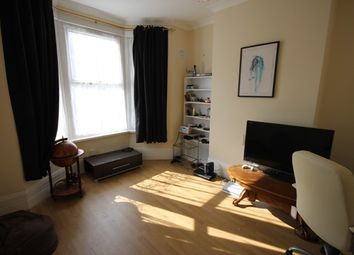 Thumbnail 2 bed flat to rent in Grove Road, London