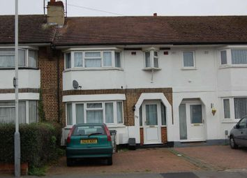 Thumbnail 3 bedroom terraced house to rent in Wilsden Avenue, Farley Hill, Luton