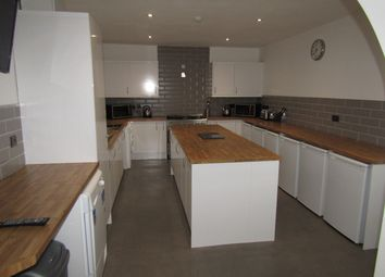 Thumbnail Room to rent in Flanshaw Lane, Wakefield