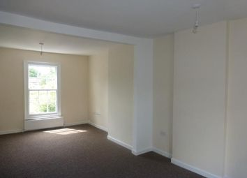 2 bed flat to rent in High Street, Deanshanger, Milton Keynes MK19