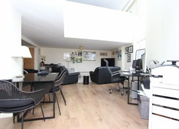 Thumbnail 1 bedroom maisonette to rent in Gallery Square, Walsall