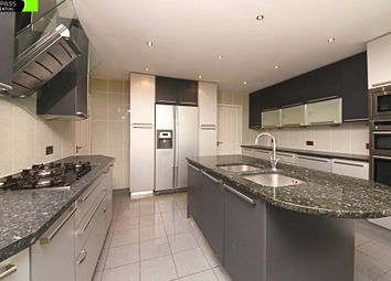 Thumbnail 6 bed detached house to rent in Fitzalan Road, Finchley, London