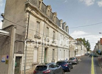 Thumbnail 4 bed town house for sale in Poitou-Charentes, Vienne, Chatellerault