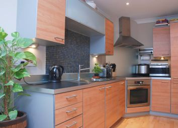 Thumbnail 2 bed flat to rent in Princes Way, Southfields