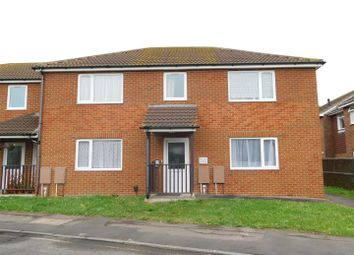 Thumbnail 1 bed flat to rent in Elm Grove, Lancing