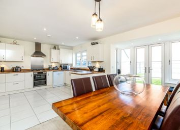 Perth Road, Bicester OX26. 4 bed link-detached house for sale