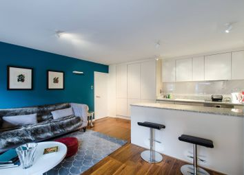 Thumbnail 1 bed flat for sale in Cheyne Walk, Chelsea