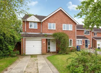 Thumbnail 5 bed detached house for sale in Fairford Way, Bicester