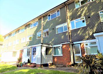2 bed maisonette to rent in Tredenham Close, Farnborough, Hampshire GU14