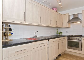 2 Bedrooms Flat to rent in Kentish Town Road, Kentish Town NW5