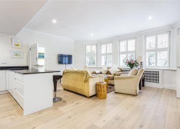 Thumbnail 3 bed flat for sale in Cadogan Gardens, Chelsea, London