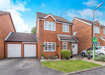 Thumbnail 3 bed detached house for sale in Haywain Close, Weavering, Maidstone