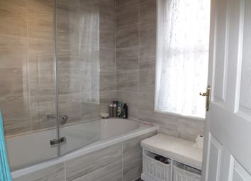 Thumbnail Room to rent in Gordan Road, Southend