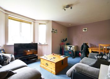 Thumbnail 2 bed flat to rent in Green Lane, Shipley Bridge, Horley
