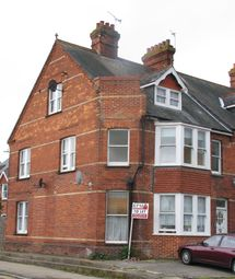 Thumbnail 1 bed flat to rent in Framfield Road, Uckfield