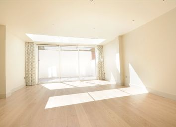 Thumbnail 3 bedroom mews house to rent in Thornton Place, Marylebone, London