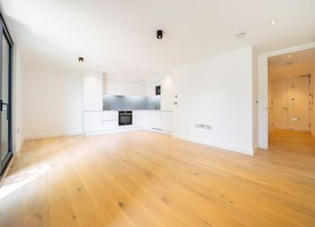Finchley Road, Hampstead, London NW3. 2 bed flat